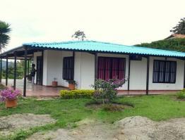 Casa 103m2 (4 aguas)