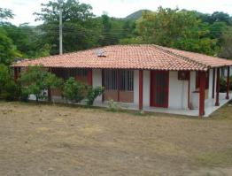 Casa 80m2 (4 aguas)